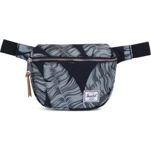 Herschel fifteen fanny pack